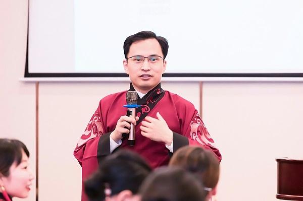 修齐礼仪礼仪培训实战名师王新授课照片