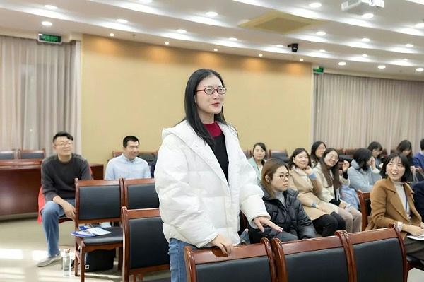 政法大学修齐礼仪教师礼仪素养提升项目培训7
