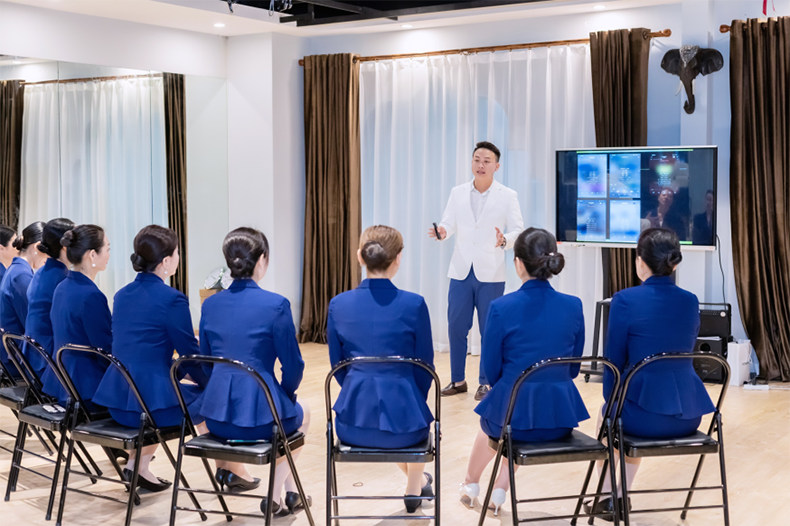 60修齐礼仪行为美学优雅仪态形体礼仪培训班课程精彩.png